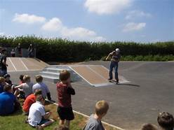 skate ramp with children
